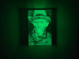 Glow in the Dark - vincent van Gogh meesterwerk